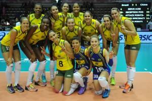 Seleção feminina do Brasil vai tentar se igualar a Cuba conquistando o triolímpico no vôlei (Foto: Divulgação/FIVB)