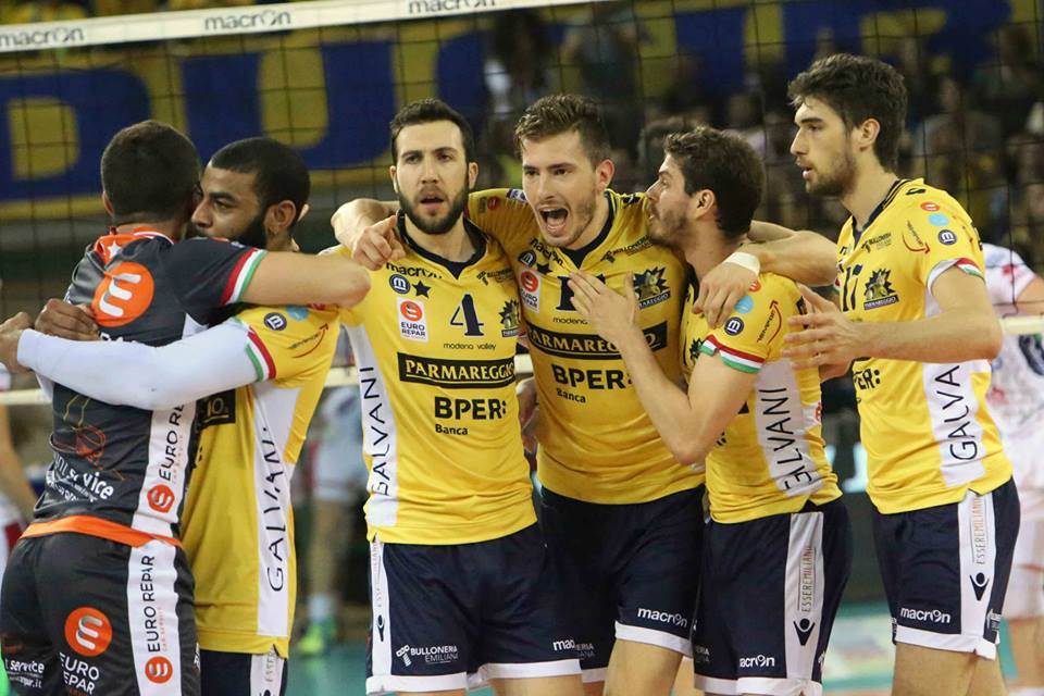 Melhor do v lei modena de bruno empata a final do italiano for Casa modena volley